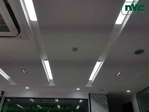 NLED491A 36W - Đèn tuýp LED bán nguyệt lắp nổi/treo, thân nhôm sơn tĩnh điện, thích hợp dùng văn phòng cao cấp, hiện đại