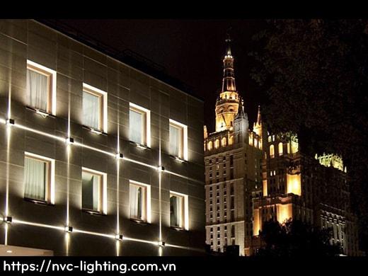 NWA300C 12W – Đèn LED gắn tường mặt vuông chiếu 4 hướng, độ sáng 1200 lumens, chip Cree cao cấp, IP65 dùng ngoài trời