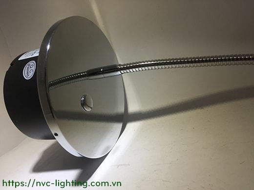 NWA230-CR - Đèn đọc sách cá nhân gắn đầu giường 3W 170lm, màu chrome mặt gương, lắp âm tường, góc chiếu 30 độ, công tắc cảm ứng chạm tắt bật, chip Cree bảo vệ mắt