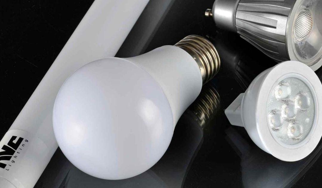 Nên mua đèn LED chiếu sáng chính hãng ở đâu?