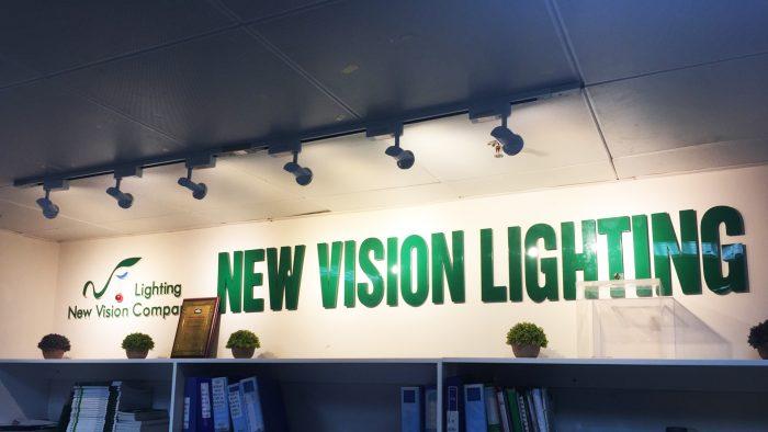 Tuyên thệ phẩm giá NVC Lighting
