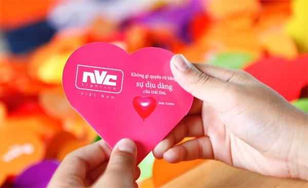 Yêu thương sản phẩm và khách hàng bằng toàn bộ trái tim