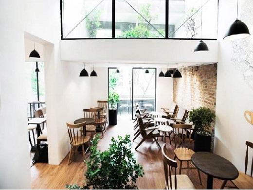 den-tha-den-led-chieu-sang-quan-cafe