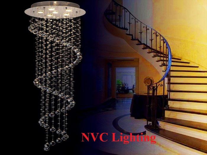 Đèn chùm cầu thang thả thông tầng
