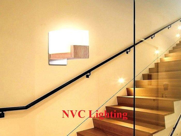 Muốn chọn được đèn cầu thang ưng ý, cần lựa chọn thương hiệu kỹ lưỡng.